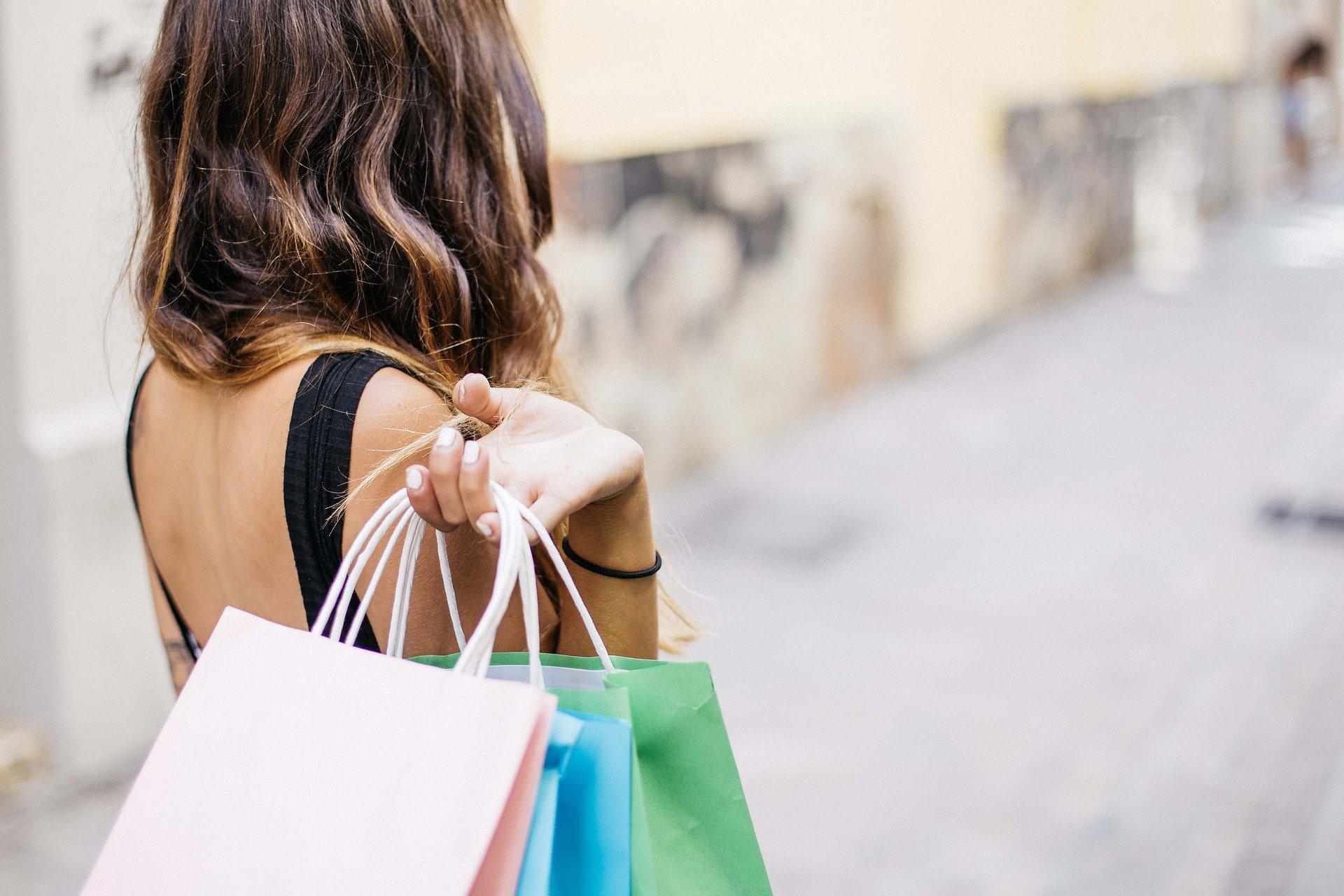 14 raisons pour lesquelles vous devez acheter des vêtements d'occasion