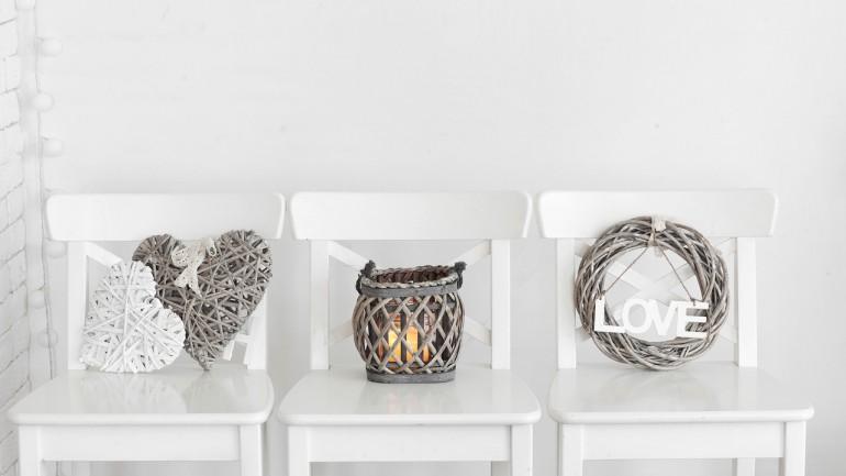 Quels articles de décoration tendance que l'on doit avoir chez soi?